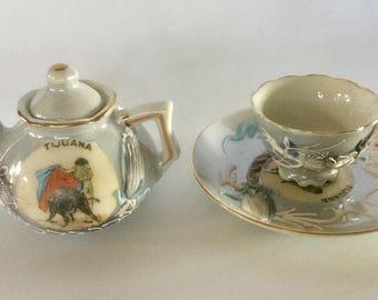 Luster Ware Teapot, cup and saucer , Matador Teapot , Tijuana Memorabilia , Dragon Moriage, Miniature Teapot, Bullfights Teapot .