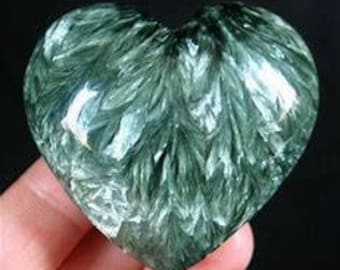 10 Pieces Lot Natural Seraphinite heart Shape Gemstone Loose Cabochon