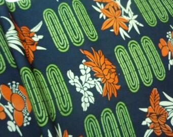 Silk Kimono Fabric, Bold Pattern, Silk Kimono Fabric, Vintage Craft Supply, Japanese Fabric Panel