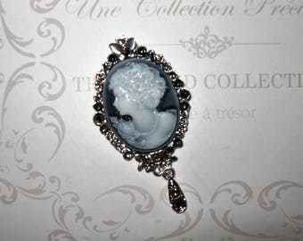 Blue Lady cameo brooch