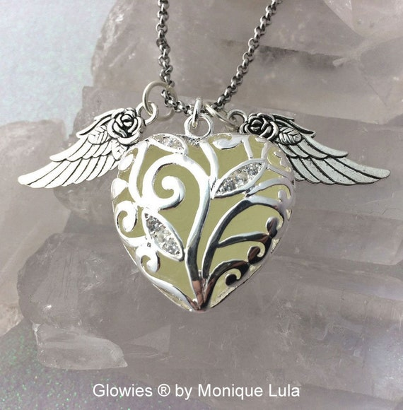 Heart of Winter Glowing Necklace with Wings Blue