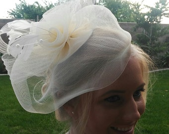 Fascinator, bridal fascinator, wedding fascinator, bride hair fascinator, prom hair piece, wedding hair piece, bridal hair accessory