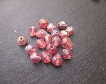 Assorted Indian pink iridescent 7 mm approx - 15 beads glass beads