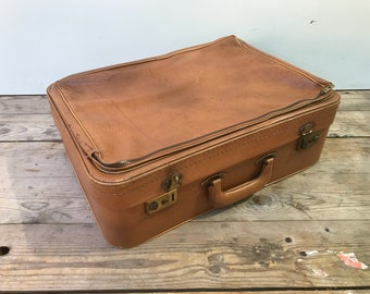 Vintage brown leather travel trunk suitcase + Vintage 70s leather handle