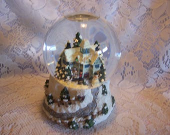 Thomas Kinkade Lighted Musical Victorian Snow Globe