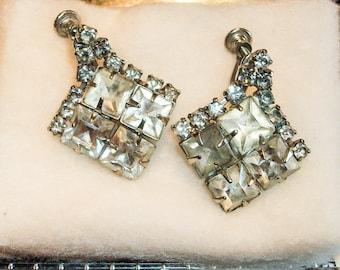 Vintage Screw back circa 1940 Rhinestone Dangle Earrings