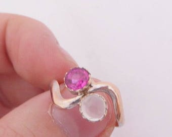 Ruby and moonstone Art Nouveau ring
