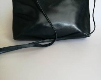 SALVATORE FERRAGAMO Vara Dark Blue Leather Vintage shoulder / crossbody bag / clutch