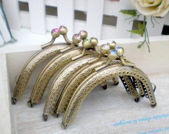 1 PCS,  8.5cm / 3.3 inch Curved Transparent Faux Diamond Antique Brass Kiss Clasp Lock Purse Frame, K088