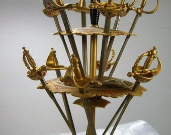Jahrgang Barware / Martini Picks / Vintage Hors d ' oeuvre Picks / Toledo Mini-Schwert Set / Vorspeise Picks / Schwert Picks / Cocktail Schwerter