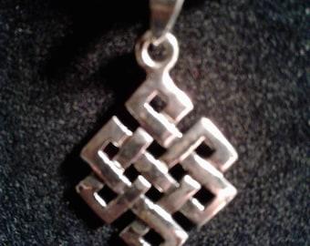 Sterling Silver Celtic knot #916