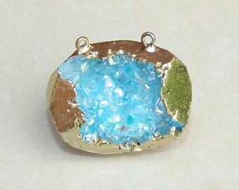 Druzy Pendant. Geode Pendant. Geode Slice. Gold Plated Edge. AB Coated. Agate Slice Pendant. Quartz Pendant. 2 Loops - 40mm x 32mm - 6090