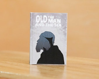 Miniature book <The old man and The sea> Hardcover book