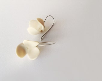 minimal romantic abstract handsculpted polymer clay jasmine earrings