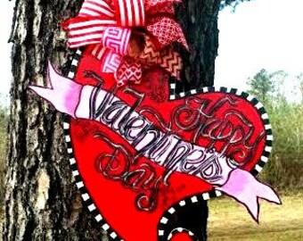 Valentine's Day Heart Door Hanger, Valentine door hanger, Happy Valentine's Day