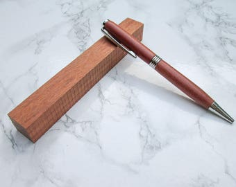 Pen with hand-turned exotic wood body turned from Jatoba, with chrome-plated fittings: Can be engraved with name