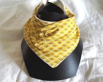 Yellow bandana bib, pattern scales