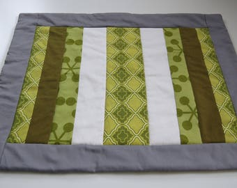 VACATION SALE, Orders Ship June 30th, Modren Green, Mug Rug, Placemat, Doll Quilt, Hand Quilted