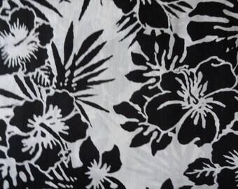 Hawaiian Floral Steering Wheel Cover