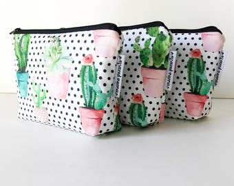 simple pouch -- dotted succulent