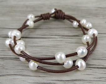 pearl leather bracelet boho pearl bracelet Boho bead bracelet Real pearl bracelet Single Leather wrap bracelet pearl jewelry SL-0234