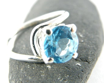 Solitaire Engagement Ring, Round Blue Topaz Ring, Sterling Silver Ring, Asymmetric Ring Gift for Women, Blue Gemstone Ring - MADE TO ORDER