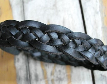 Black Ankle Bracelet / Cuff -- Celtic Ocean Wave with Spanish Leather