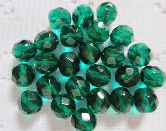 25  Dark Emerald Green Round Faceted Czech Glass Beads  9mm