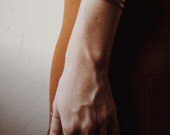 O R B I T >> brass bangles / brass bracelet / cuff bracelet / boho bracelet / hammered bangle / stacking cuff
