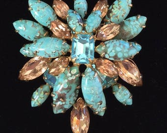 Lovely Vintage Schreiner N.Y Brooch Pin/Pendant~Turquoise Blue Art Glass/Champagne Rhinestones/Gold-Tone~Signed