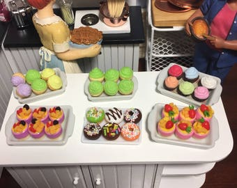 1:12 Scale Dollhouse Miniature Bakery Sweet/Dessert/Cupcake/Donut Shop Trays (sold separately)
