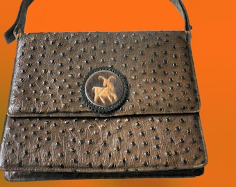 Vintage Sophisticated Oistrich leather shoulderbag handbag made by Caral in choclate brown color ca 1970