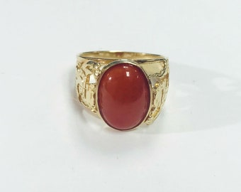 Large Vintage coral ring with filigree dragons on the sides 14k