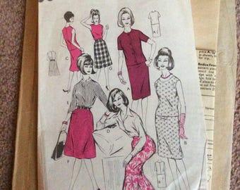 Dressmaking pattern, Vintage, Woman, size 34 bust,
