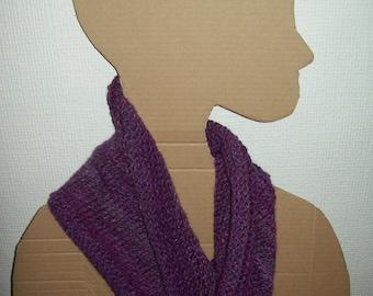 Chunky knit cowl / infinity scarf. Marble yarn. Amethyst
