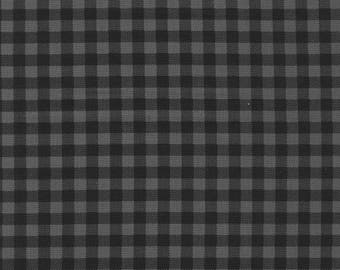 Burly Beaver Charcoal Plaid by Andie Hanna for Robert Kaufman black quilting cotton lumberjack fabric material by the yard or metre