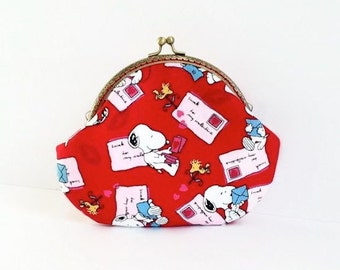 Snoopy Metal Frame Purse - Snoopy Love Letters Make Up Purse  - Peanuts Pouch