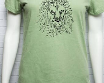 Lion Women's Organic Cotton T Shirt - African Wildlife - Screen Printed with Ecofriendly Waterbased Ink