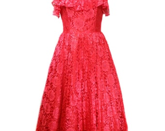 vintage strapless lace party dress / red / Stepping Out / 80s does 50s / 50s style dress / prom dress / women's vintage dress / tag size 11
