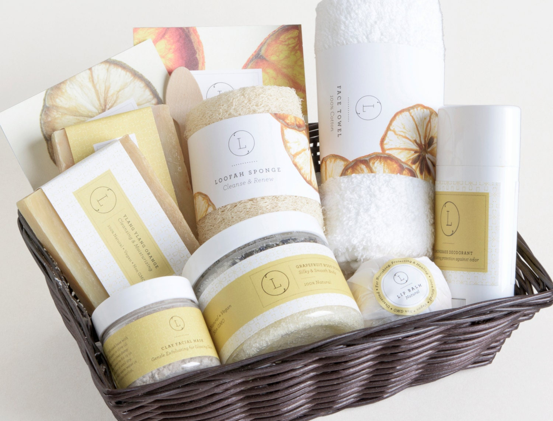 Spa Gift. Spa gift set .Spa gift basket. SPA Gift set.