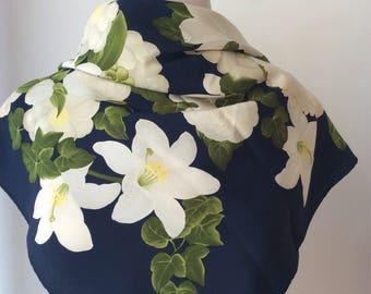 Chanel scarf with flowers.