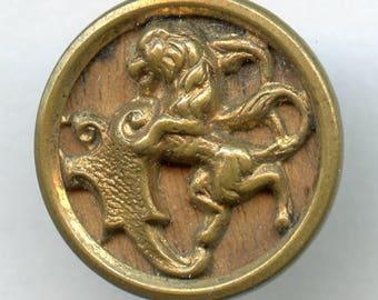"Victorian Picture Button Large RAMPANT LION  Antique 11/16"" Wood Back Background 4521"