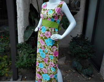 Vintage 1960's Rachelle Multi Color Floral Print Sleeveless Dress with attached Sash - Size 4