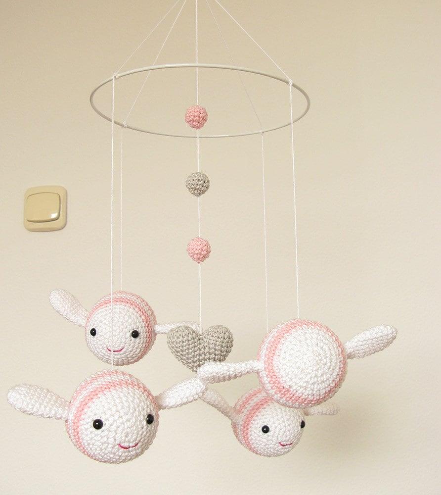 Rosa Mädchen Kinderzimmer Mobile häkeln Bumble Bee rosa