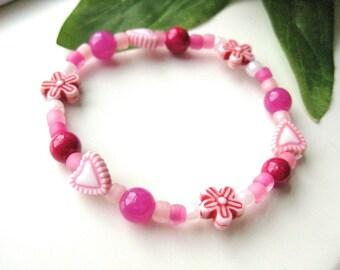 Girls Heart Bracelet, Pink beaded stretch breacelet, Medium, GBM 113