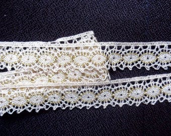 Cluny Lace, 3/4 inch wide natural/gold color price for 2 yard