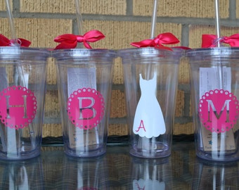 Bridal and Wedding Party Gifts - set of 12 - Monogrammed Initial Tumblers  - Bridesmaids Gifts - Custom Letter/Colors -