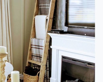 Lovely Farmhouse Style Ladders for Displaying Blankets and Decorative things/Blanket Ladders/Rustic, Weathered Finishes/2 Styles/5 heights