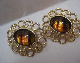 Root Beer Gold Earrings Pierced Post Vintage Filigree Cab Brown