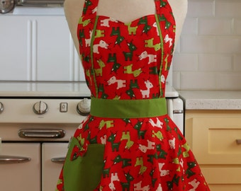 Apron Christmas Deer on Red MAGGIE Retro Full Apron